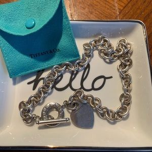 Tiffany & Co. toggle chain necklace.
